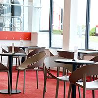 Cafe 750 indoor seating
