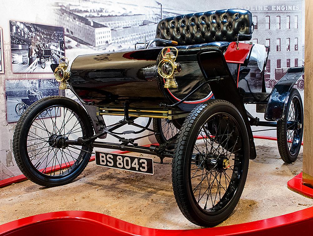 1903 Oldsmobile Curved Dash Haynes International Motor